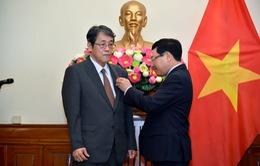Phó Thủ tướng Phạm Bình Minh trao Huân chương Hữu nghị cho Đại sứ đặc mệnh toàn quyền Nhật Bản