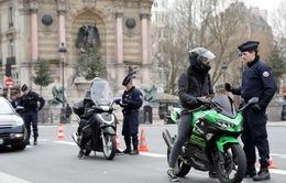 Pháp ghi nhận hơn 4.600 ca mắc COVID-19 trong một ngày