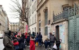 Pháp tăng cường các biện pháp phòng chống COVID-19
