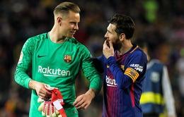 Barcelona lâm khủng hoảng, chỉ duy nhất 2 cái tên an toàn?
