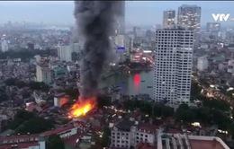 Hoãn xét xử vụ cháy nhà trọ ở Đê La Thành khiến 2 người tử vong
