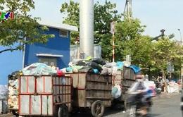 TP.HCM: Điểm tập kết rác gây ảnh hưởng giao thông