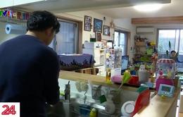 Người Nhật Bản thích ứng với việc con nghỉ học