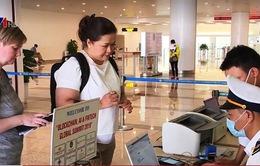 Sân bay Nội Bài siết kiểm tra nhập cảnh