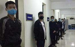 """Tạm giữ 10 đối tượng thuộc nhóm """"quái xế"""" tại Hà Nội"""