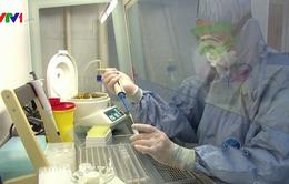 Cuộc đua sản xuất vaccine chống COVID-19 có khả năng lãng phí hàng tỷ USD