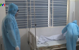 Bệnh nhân người Anh 74 tuổi ung thư máu đã khỏi hoàn toàn COVID-19, được xuất viện!