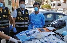 Peru bắt giữ đối tượng tự ý làm xét nghiệm COVID-19