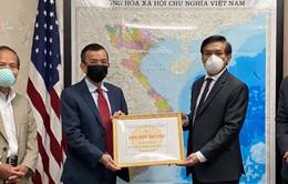 Cộng đồng người Việt tại Mỹ góp sức chống dịch COVID-19