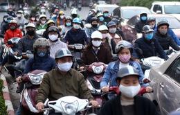 Chưa hết thời gian giãn cách xã hội, Hà Nội đã đông nghịt người ra đường