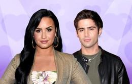 Demi Lovato chưa đính hôn!