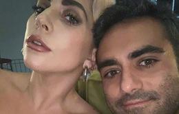 Lady Gaga ca ngợi bạn trai mới