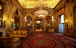 Choáng ngợp trước những căn phòng lộng lẫy trong Cung điện Hoàng gia Anh