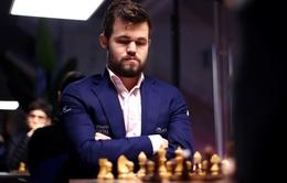 Giải cờ vua Magnus Carlsen Invitational 2020: Magnus Carlsen dẫn đầu, Firouzja gây thất vọng