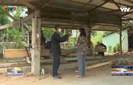 Những lão nông nghèo cất nhà từ thiện