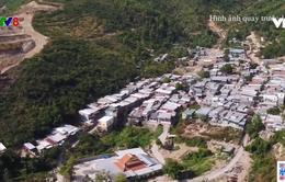 Nha Trang khẩn trương tìm phương án di dời hàng trăm căn nhà khỏi tầm nguy hiểm sạt lở