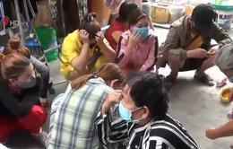 Kiên Giang: Hàng chục phụ nữ tụ tập đánh bạc trong cao điểm dịch COVID-19