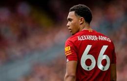Sao Liverpool buồn rười rượi vì mất chức vô địch Premier League trong... trò chơi điện tử