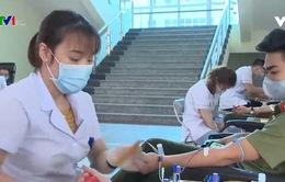 Hàng nghìn chiến sỹ công an tham gia hiến máu