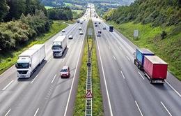 Doanh nghiệp vận tải xin miễn nộp phí bảo trì đường bộ