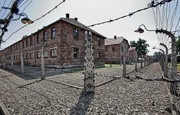 Tưởng niệm các nạn nhân trại tập trung Auschwitz