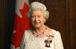 Nữ hoàng Anh tự cách ly tại cung điện Windsor