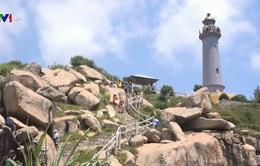 Các địa phương mở cửa du lịch đón khách