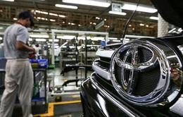 Sản lượng, doanh số bán ô tô của Toyota giảm hơn 20% trong tháng 3