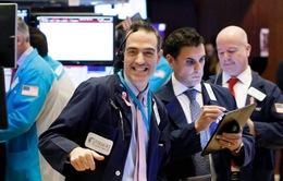 Thị trường khởi sắc sau quyết định của FED