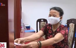 Hà Nội chi trả hỗ trợ cho người khó khăn do dịch COVID-19