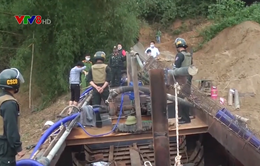 Nghệ An bắt giữ tàu khai thác cát trên Sông Lam