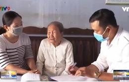 Cụ bà 93 tuổi ủng hộ 2 triệu đồng chống dịch bệnh Covid-19