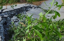 Tỉnh lộ 965 qua U Minh Thượng tiếp tục sụt lún