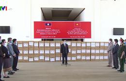 Việt Nam hỗ trợ thiết bị y tế trị giá hơn 7 tỷ đồng cho Lào chống dịch COVID-19