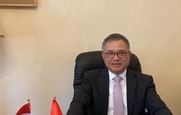 Đại sứ Nguyễn Tiến Thức: Đồng hành với cộng đồng người Việt tại Hungary trong phòng, chống dịch COVID-19