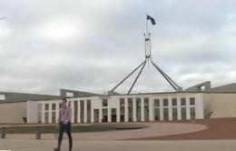 Australia khuyến cáo người nước ngoài về nước nếu không trang trải được chi phí