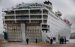 """Hy Lạp biến du thuyền có người mắc COVID-19 thành bệnh viện """"nổi"""" dã chiến"""