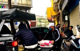 Câu lạc bộ xe bán tải chở hàng miễn phí trong thời gian dịch