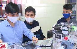 Máy trợ thở cho bệnh nhân COVID-19 của Đại học Điện lực