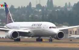 Nhiều hãng hàng không lớn tại Mỹ yêu cầu hành khách đeo khẩu trang trên các chuyến bay