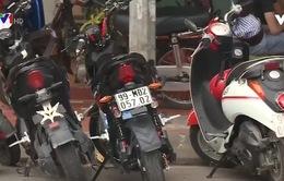 """Lái xe máy dưới 50cc không cần bằng là """"khoảng trống"""" về luật?"""