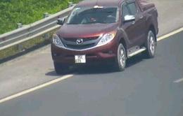 Thêm một lái xe bị phạt 17 triệu đồng do lùi xe trên cao tốc