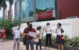 Phản đối học phí đợt nghỉ dịch, phụ huynh đề nghị các trường quốc tế đối thoại