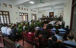 Vụ gian lận điểm thi ở Hòa Bình: Nguyên Phó Hiệu trưởng nâng điểm các bài đã được nâng