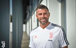 Cựu ngôi sao tuyển Italia chia tay Juventus vì xa gia đình quá lâu