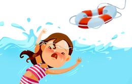 Cảnh giác đuối nước ở trẻ mùa nắng nóng