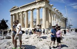 """Nhiều nước châu Âu quyết """"mạnh tay"""" để phục hồi du lịch"""