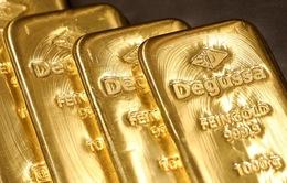 Giá vàng vẫn sát ngưỡng cao nhất trong hơn 7 năm qua