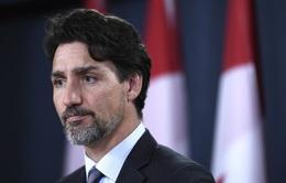 Canada cấm bán vũ khí quân dụng