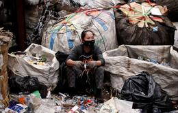 """COVID-19 và rác thải nhựa: Cuộc chiến """"chồng"""" cuộc chiến ở Thái Lan"""